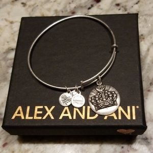 Queen's crown Alex and Ani charm bangle